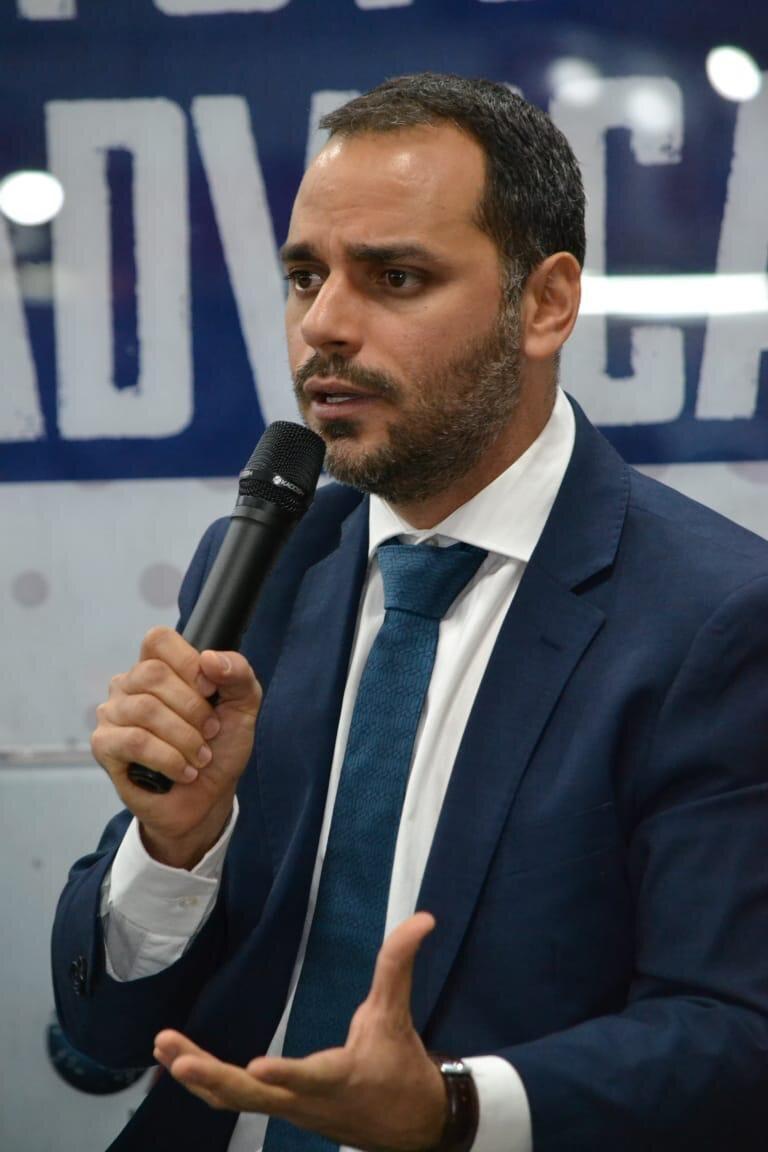 Presidente da Comissão do Trabalho da Câmara, Augusto Vasconcelos, participa de lançamento da frente parlamentar