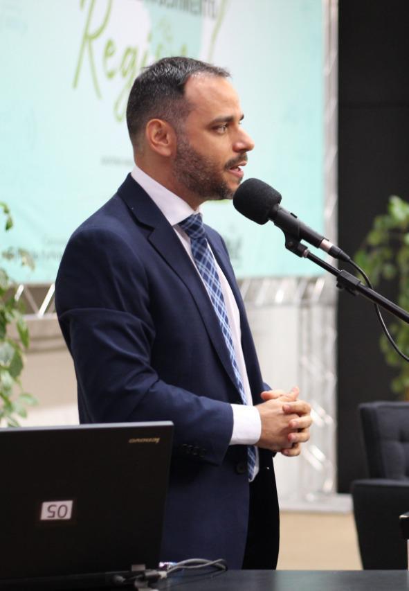 Augusto Vasconcelos defende a aprovação de um projeto de lei que torne automática a correção da tabela do impostos