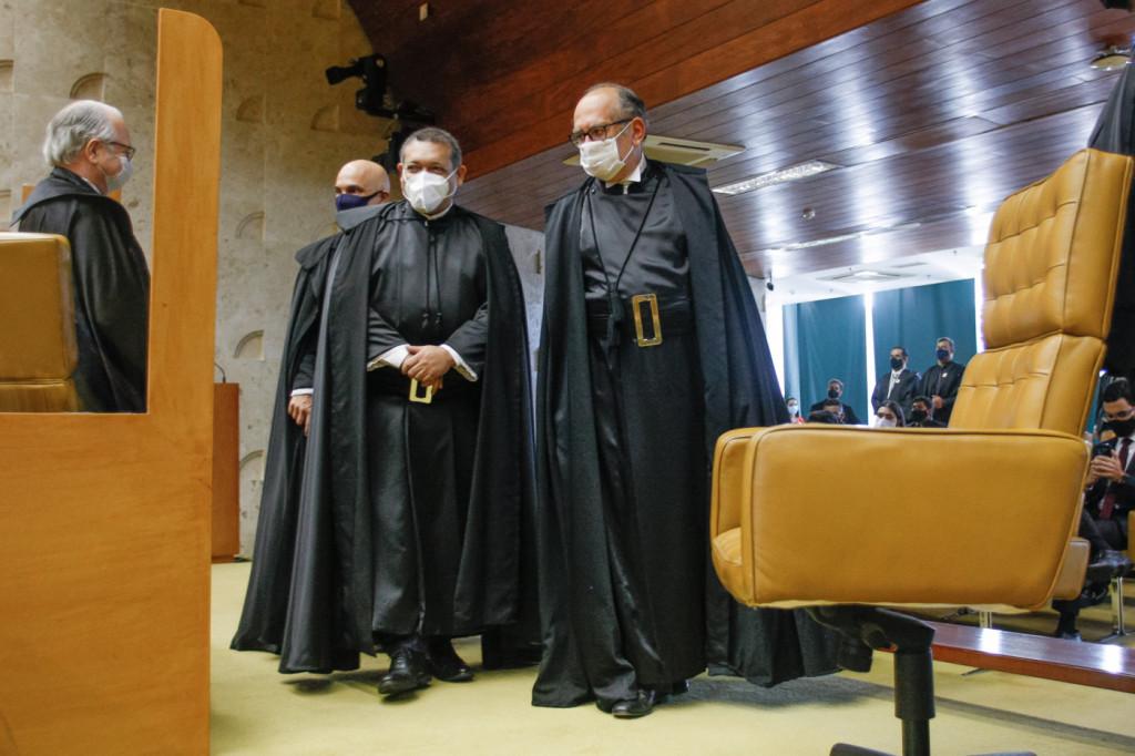 Por 10 votos a 1, STF referenda decisão de Barroso e manda Senado abrir CPI da Pandemia
