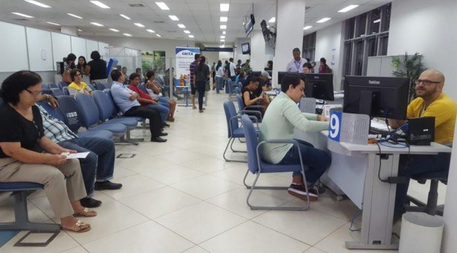 Bancos fecham 2.079 postos de trabalho até maio