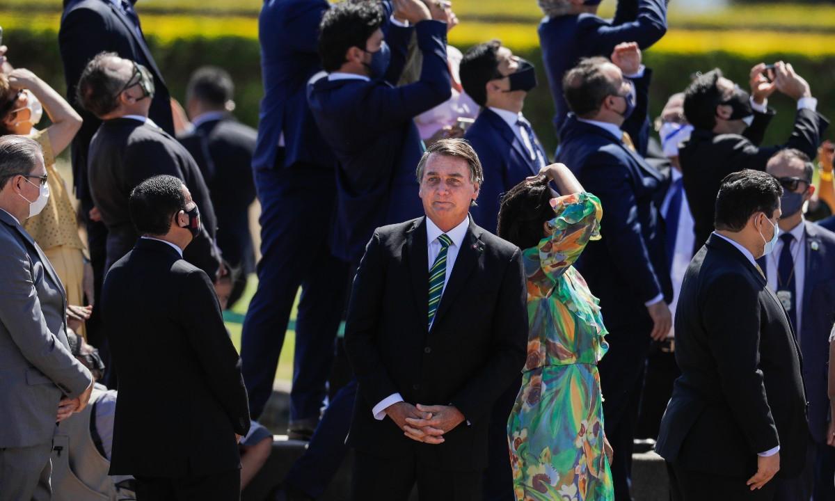Bolsonaro descarta acabar com Bolsa Família para criar Renda Brasil