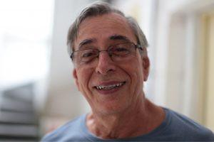 Morre Carlos Valadares, aos 75 anos