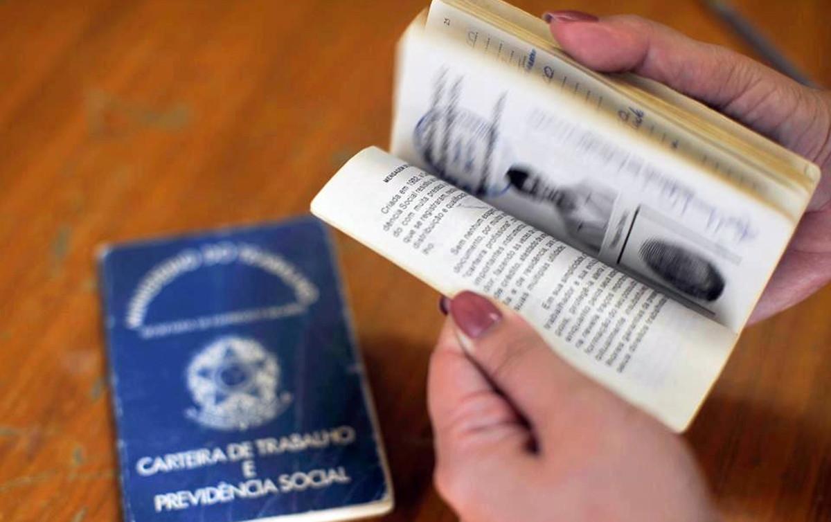 Reflexo da desestruturação do mercado, 63% dos brasileiros temem perder emprego
